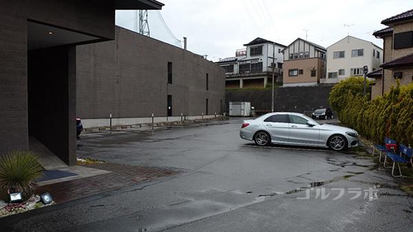 ベースンゴルフクラブの駐車場