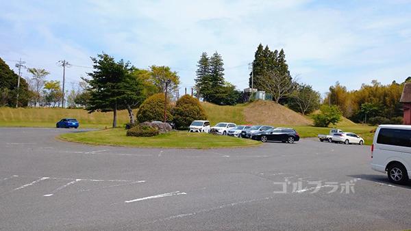 光風台ゴルフガーデンの駐車場