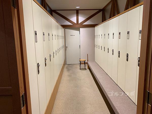 蓼科東急ゴルフコースのロッカールーム