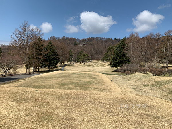 蓼科東急ゴルフコースの1番ホール