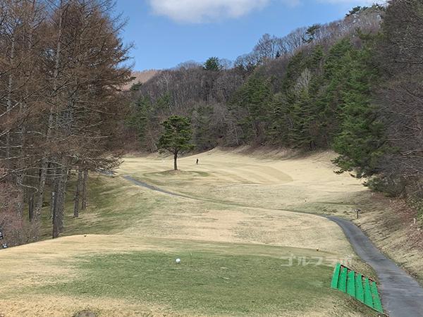 蓼科東急ゴルフコースの3番ホール