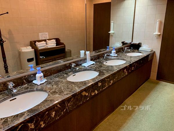 富士クラシックの洗面所
