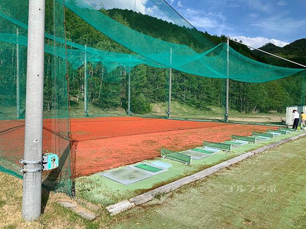 シャトレーゼ カントリークラブ野辺山の練習場(ドライビングレンジ)