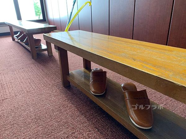 富士見高原ゴルフコースのロッカールーム