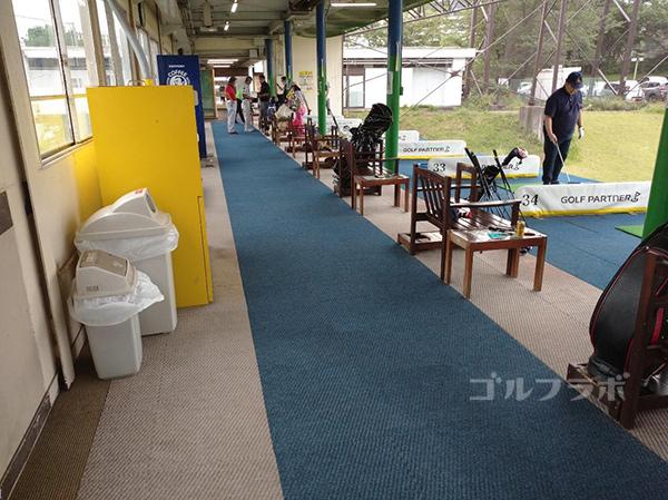ゴルフパートナー仁戸名練習場の打席