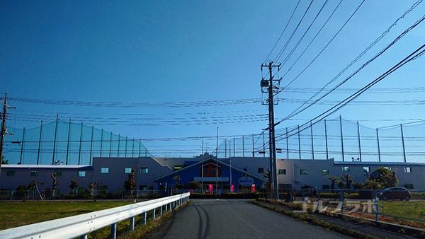 誉田ゴルフセンターの入口