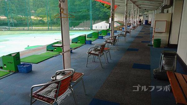土気ゴルフセンターの2階打席