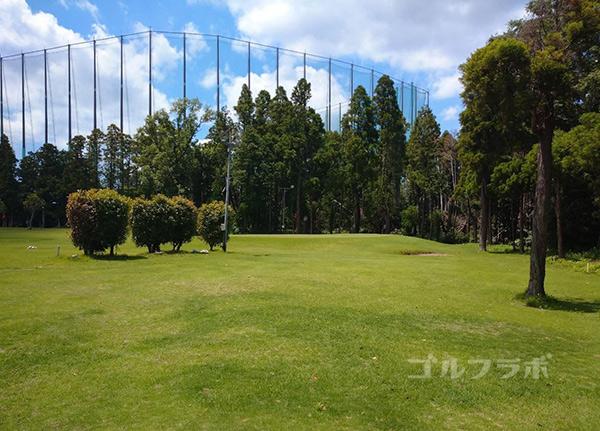 ジャパンゴルフスクールのミニコースの2番ホール