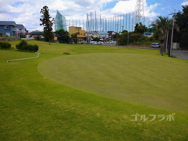 ジャパンゴルフスクールのアプローチ練習場