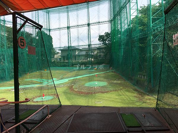 南中野ゴルフセンターの2階の打席
