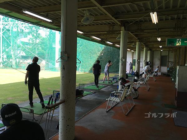 西原ゴルフガーデンの打席