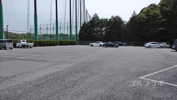 おゆみ野ゴルフガーデンの駐車場