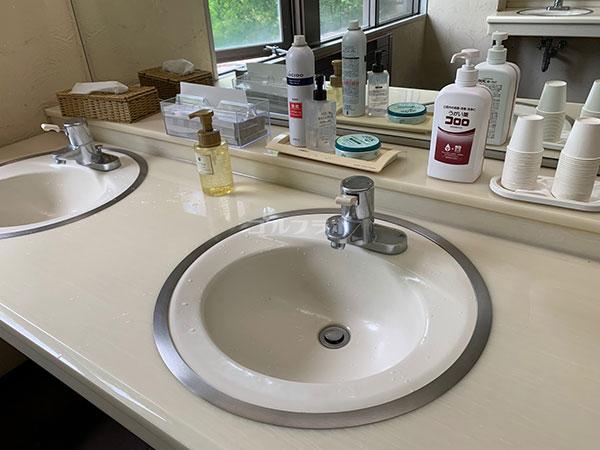 昇仙峡カントリークラブの洗面台