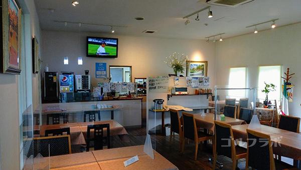 ダイナミックゴルフ千葉のショートホールのレストラン