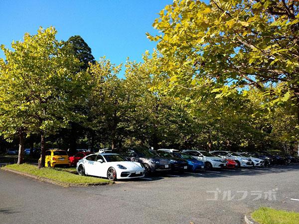 カレドニアン・ゴルフクラブの駐車場