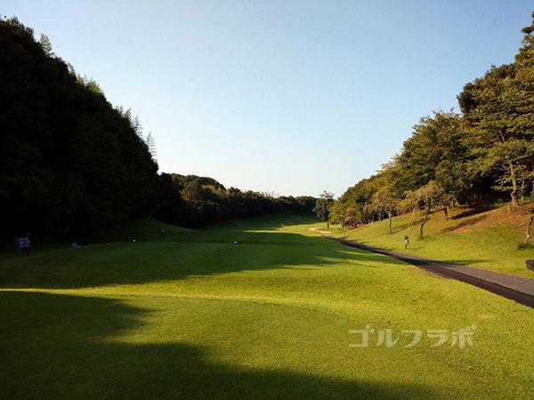 成田フェアフィールドゴルフクラブの1番ホール