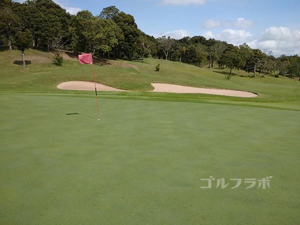 成田フェアフィールドゴルフクラブの10番ホール