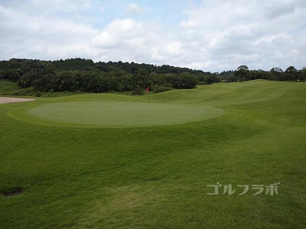 成田フェアフィールドゴルフクラブの12番ホール