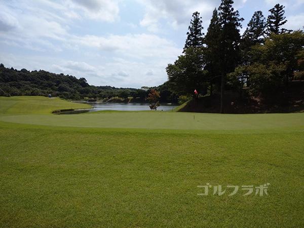 成田フェアフィールドゴルフクラブの15番ホール