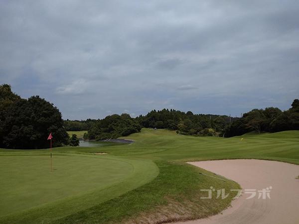 成田フェアフィールドゴルフクラブの16番ホール