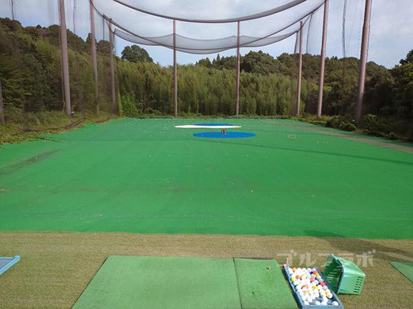 成田フェアフィールドゴルフクラブの練習場