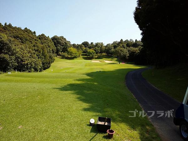成田フェアフィールドゴルフクラブの3番ホール