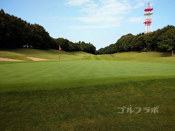 成田フェアフィールドゴルフクラブの8番ホール
