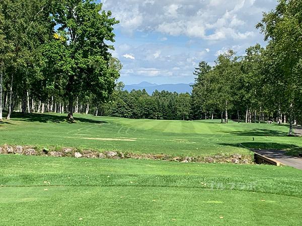 ニセコビレッジゴルフコースの1番ホール