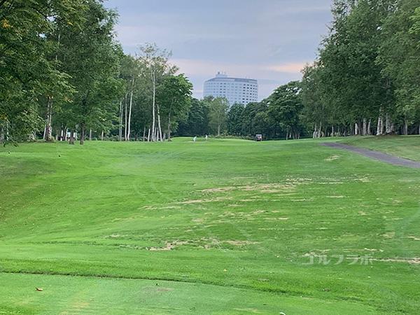 ニセコビレッジゴルフコースの14番ホール