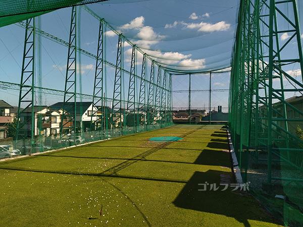 青和ゴルフセンターの2階の眺め